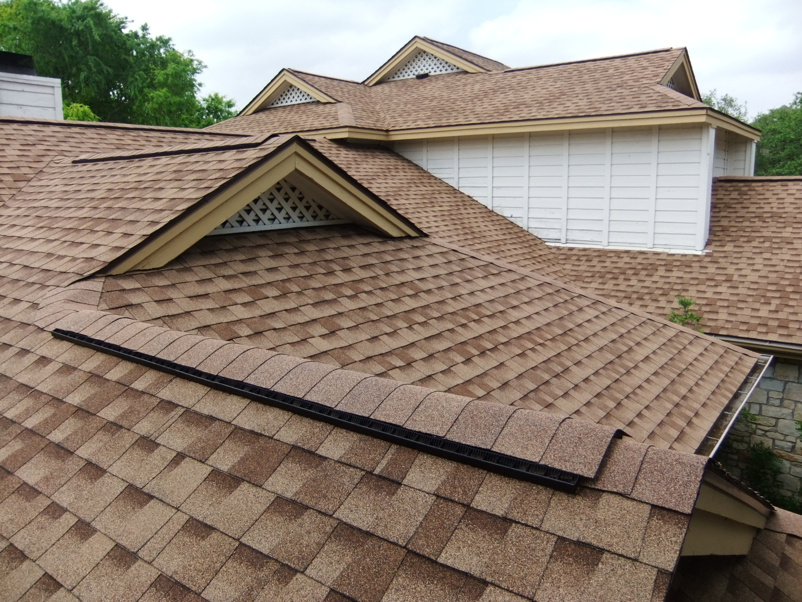 The Pro S Of Shingles Right Way Roofing Blog